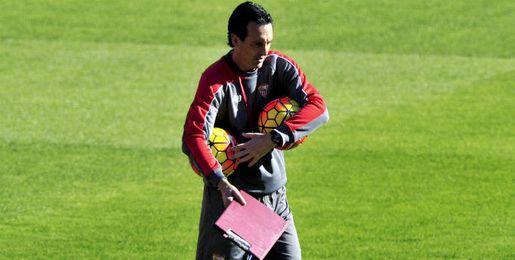 Emery, durante un entrenamiento del Sevilla.