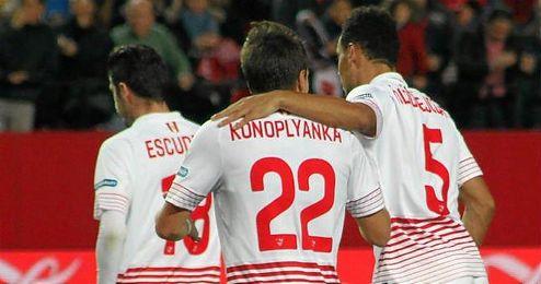 Emery reacciona y Konoplyanka agita