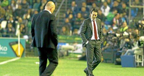Emery, en la banda del Benito Villamarín.