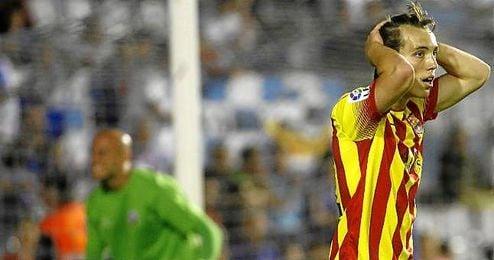 El club catal�n tambi�n se asegura parte del montante en un futuro traspaso del lateral.
