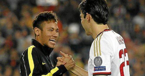La última vez que se enfrentaron Kaká y Neymar fue en un partido de Liga de Campeones entre el Barcelona y el Milan en 2013.
