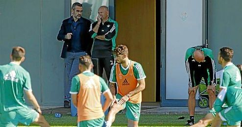 Eduardo Maci� podr�a recoger el dardo lanzado por Mel y concretar hasta cinco salidas en enero.