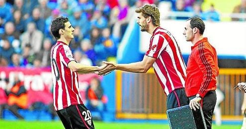 Aduriz regresó al Athletic en la 12/13, último curso de Llorente en San Mamés.
