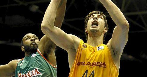 Partido de la Liga ACB disputado entre CB Sevilla y Barcelona.