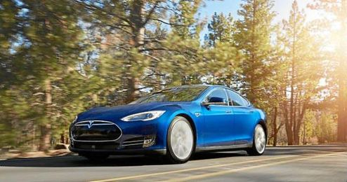 Imagen del vehículo Tesla Model S 70D.