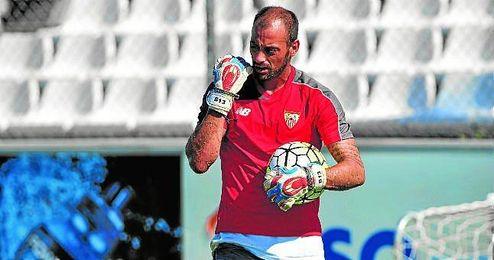 El meta portugu�s volvi� a los entrenamientos el pasado domingo.