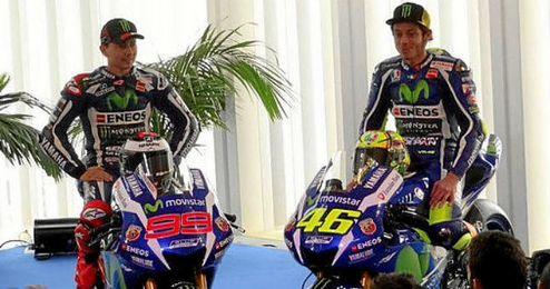 Lorenzo y Rossi sobre sus nuevas motos.