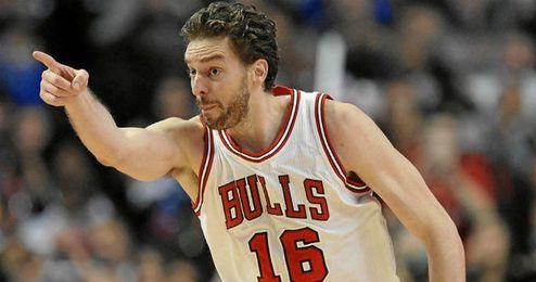 Pau Gasol, defendiendo la camiseta de los Bulls de Chicago.
