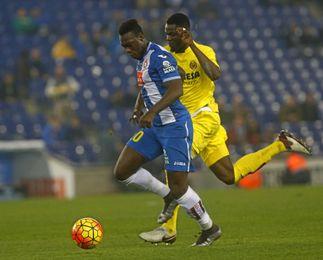 Caicedo cayó lesionado en el partido ante el Villarreal.