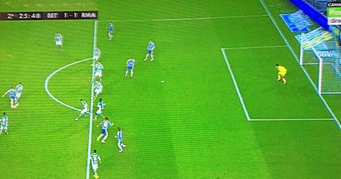 El gol de Benzema, en fuera de juego