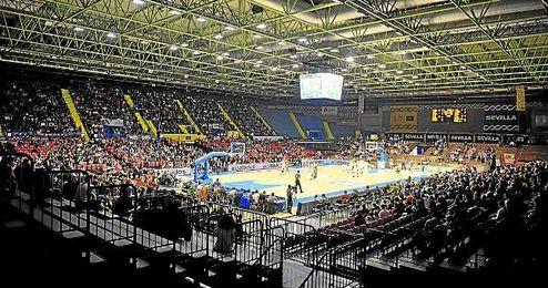 Panor�mica del Pabell�n de San Pablo durante el encuentro que enfrent� al Baloncesto Sevilla con el ICL Manresa el pasado domingo.