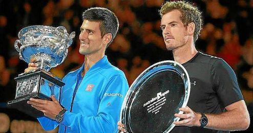 Djokovic y Murray, tras la final de Australia.
