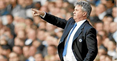 Guus Hiddink como entrenado del Chelsea