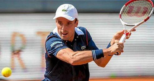 Roberto Bautista a cuartos de final por retirada de Krajinovic