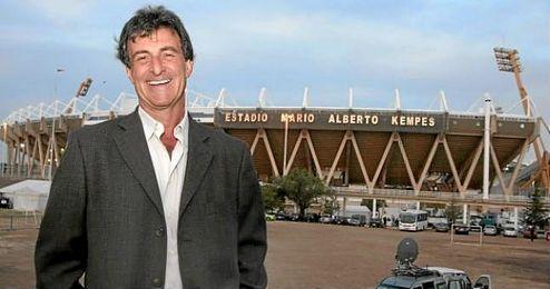Kempes jugó en el Valencia de 1976 a 1984.