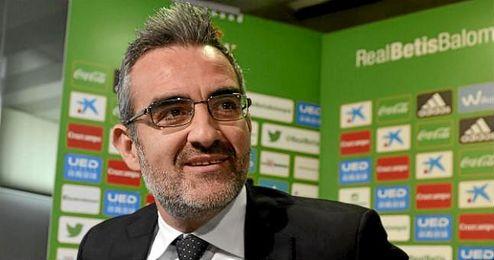 """""""Tenemos la palabra de los futbolistas y una cierta prioridad de los clubes""""."""