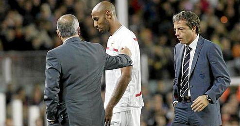 El 30 de octubre de 2010, con Gregorio Manzano en el banquillo, los sevillistas fueron goleados por el Barcelona.