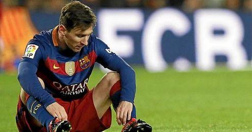 Leo Messi ser� explorado m�dicamente y se perder� la vuelta de Copa.