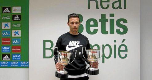 Rubén ya tiene en su poder otro trofeo Pichichi.