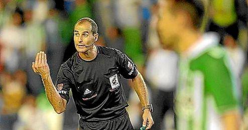 Álvarez Izquierdo dirigirá al Betis por tercera vez esta temporada.