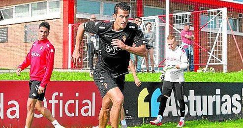 Luis Hern�ndez, entren�ndose en las instalaciones deportivas de Mareo.
