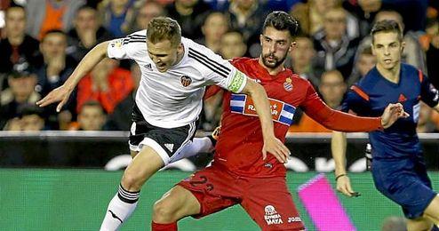 El jugador ´che´ anotó el gol que le dio la victoria por 2-1 a su equipo ante el Espanyol este sábado.