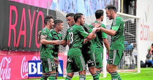 El Betis logr� una importante victoria en Vallecas que espera repetir dentro de diez d�as.