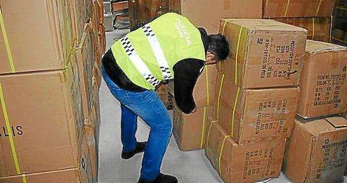 Imagen de los artículos incautados por la Policía Local.