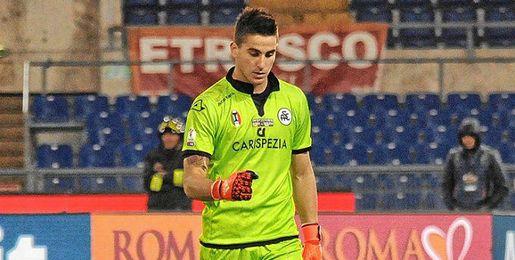 Leandro Chichizola, arquero del Spezia italiano.