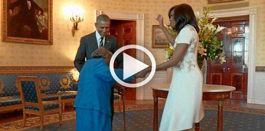 La anciana, de 106 años, rompió a bailar al ver a Obama.
