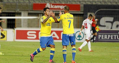 En la imagen, Nauzet Alem�n y Sergio Araujo.