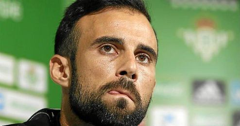 En la imagen, el jugador del Real Betis, Francisco Molinero.
