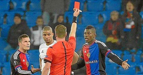 Embolo fue expulsado ayer y no jugar� la ida ante el Sevilla.