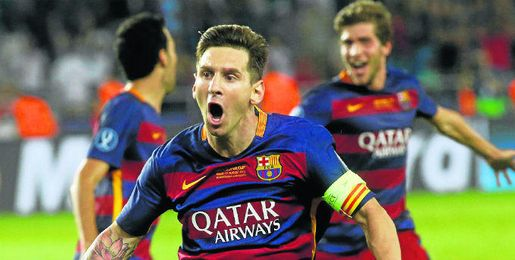 Messi le marcó dos goles al Sevilla en la Supercopa.