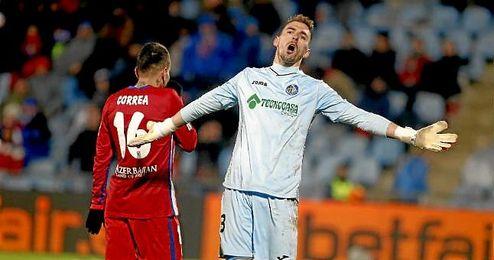 Guaita muestra su apoyo al entrenador del Getafe.