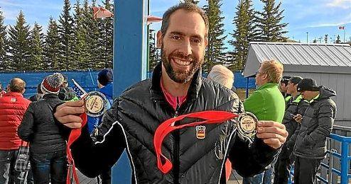 Mirambell posa con las medallas conseguidas.