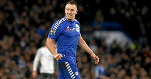 Terry, con la elástica del Chelsea.