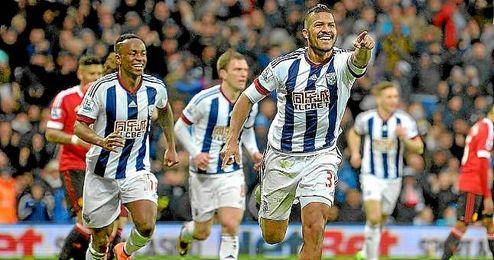 Rond�n celebra su gol con el West Bromwich ante el United.