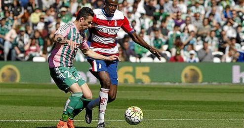 Rubén Castro cerró el partido con su gol.