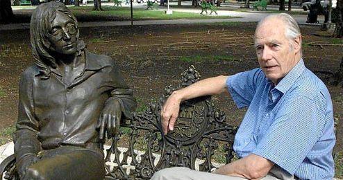 En la imagen, el recientemente fallecido George Martin.