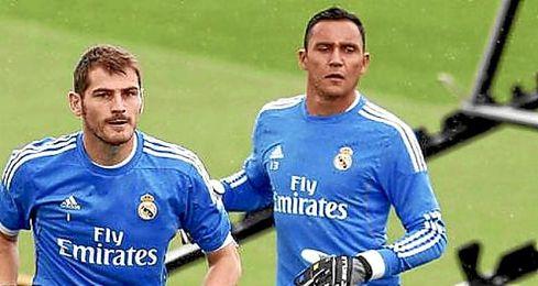 En la imagen, Íker Casillas y Keylor Navas cuando coincidieron en el Real Madrid.