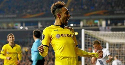 Aubameyang sentenció el triunfo del Dortmund en Londres.