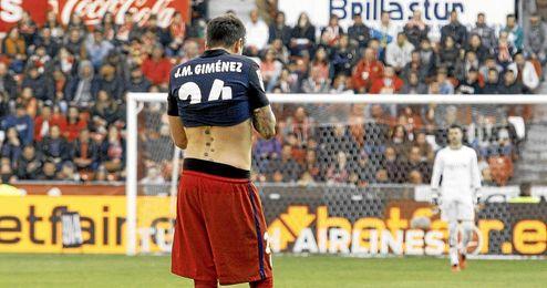 El uruguayo Gim�nez es duda ante el Betis.