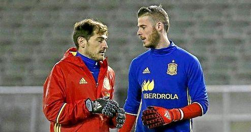 Casillas y De Gea, en un entrenamiento de la selección.