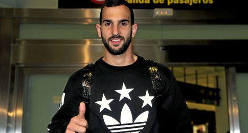 Montoya, en su llegada al Betis.
