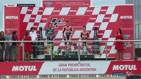Márquez celebra el triunfo y el liderato.