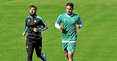 Vargas, trabajando al margen en un entrenamiento.
