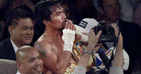 Manny Pacquiao celebra su triunfo.