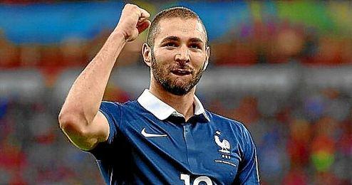 Benzema, en un partido con la selecci�n francesa.