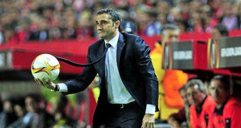 Ernesto Valverde, en el Sánchez Pizjuán.